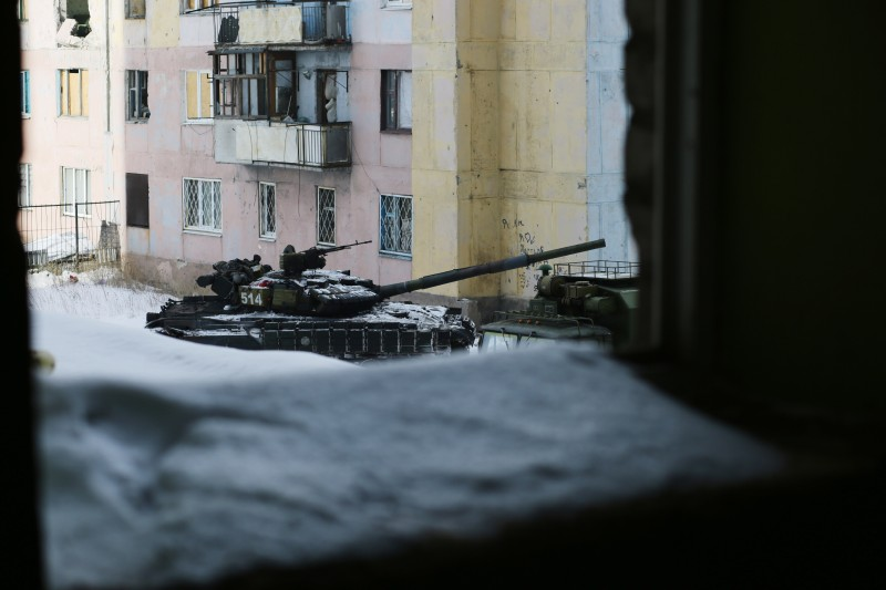 A tank is seen in the Ukrainian town of Avdiivka on February 1, 2017 as government forces and Russian-backed separatists exchanged mortar and rocket fire for a fourth day around the flashpoint eastern town of Avdiivka just north of the rebels' de facto capital Donetsk. The death toll from the latest escalation in fighting in Ukraine rose to 19 on February 1 as international alarm rang out over the spike in bloodshed in the European Union's back yard.  / AFP / Aleksey FILIPPOV        (Photo credit should read ALEKSEY FILIPPOV/AFP/Getty Images)