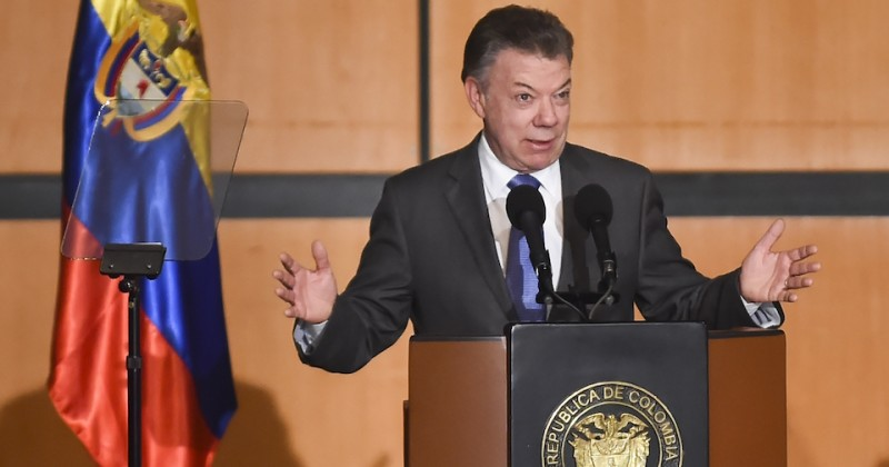 Colombian President Juan Manuel Santos addresses the opening the XXX International Book Fair of Bogota on April 25, 2017 in Bogota, Colombia. The nation of France and its contribution to literature is the fair's guest of honor this year. / AFP PHOTO / RAUL ARBOLEDA        (Photo credit should read RAUL ARBOLEDA/AFP/Getty Images)