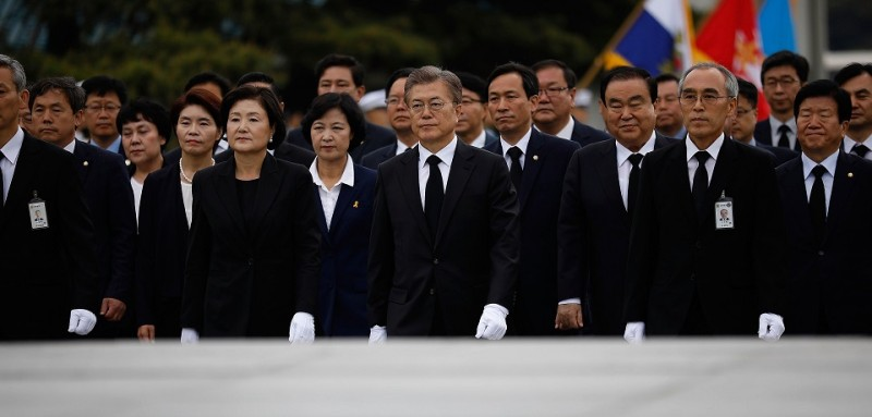 SEOUL, SOUTH KOREA - MAY 10:  South Korea's new President Moon Jae-In arrives at the National Cemetery on May 10, 2017 in Seoul, South Korea. Moon Jae-in of Democratic Party, was elected as the new president of South Korea in the election held on May 9, 2017.  (Photo by Kim Hong-Ji-Pool/Getty Images)