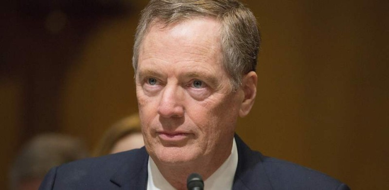 Robert Lighthizer, nominee for US Trade Representative, speaks at the Senate Finance Committee full hearing on the nomination of the U.S Trade Representative in Washington, DC March 14, 2017. / AFP PHOTO / Tasos KATOPODIS        (Photo credit should read TASOS KATOPODIS/AFP/Getty Images)