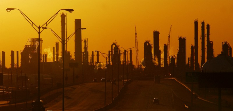 Saudi Arabia Now Controls the Largest Oil Refinery in North