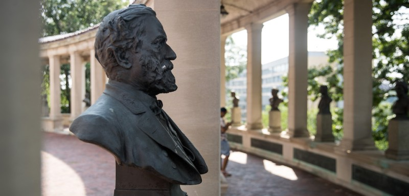 NEW YORK, NY - AUGUST 17:  A bust of Robert E. Lee stands in the 'Hall of Fame for Great Americans' on the campus of Bronx Community College, August 17, 2017 in the Bronx borough of New York City. On Wednesday night, the school announced the statues of Robert E. Lee and Confederate general Stonewall Jackson will be replaced and removed. (Photo by Drew Angerer/Getty Images)