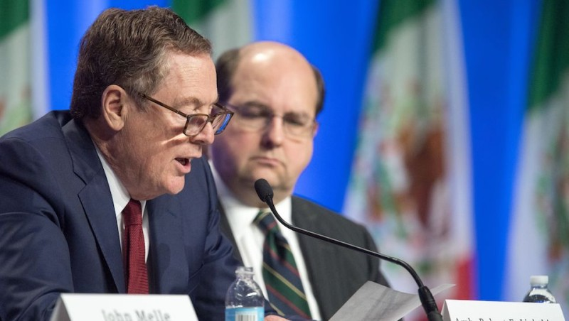 US Trade Representative Robert E. Lighthizer(L) delivers remarks as US General Counsel Stephen Vaughn(R) looks on at the start of the negotiations for the modernization of NAFTA on August 16, 2016 in Washington, DC. Negotiators from Canada, Mexico and the United States opened the first round of talks Wednesday to revamp the 23-year-old regional free trade agreement some see as a demon and others as a savior. / AFP PHOTO / PAUL J. RICHARDS        (Photo credit should read PAUL J. RICHARDS/AFP/Getty Images)