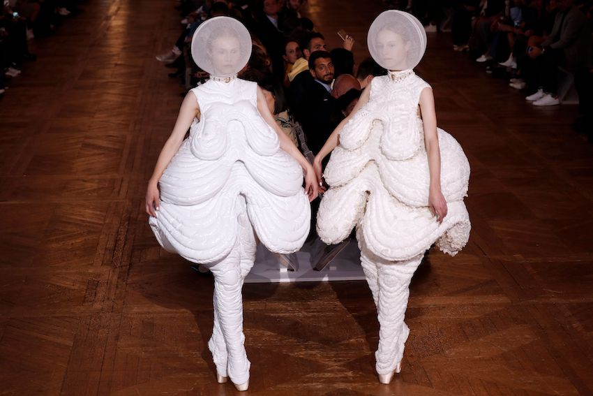 Models at the women's 2018 Spring/Summer ready-to-wear collection fashion show in Paris, on October 3, 2017.  (FRANCOIS GUILLOT/AFP/Getty Images)