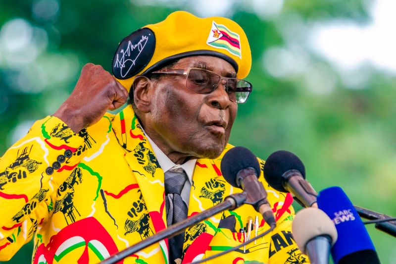 Former President Robert Mugabe during a speech on Nov. 8 in Harare, Zimbabwe. (Jekesai Njikizana/AFP/Getty Images)