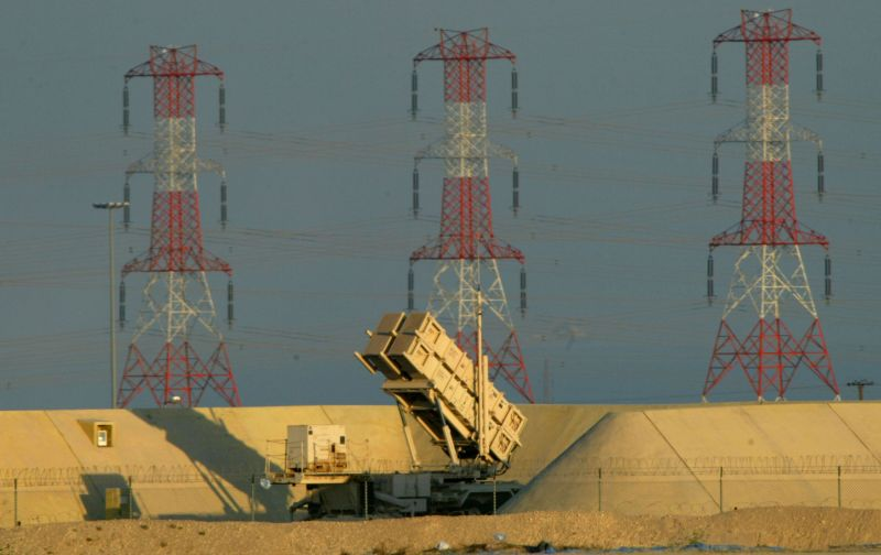 A U.S. Army Patriot Missile launcher sits near the Saudi Arabia border in Kuwait in January 2003. (Joe Raedle/Getty Images)