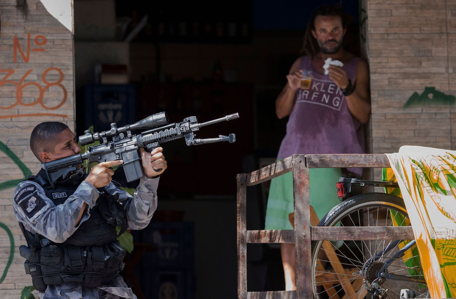 TOPSHOT-BRAZIL-FAVELA-POLICE-OPERATION