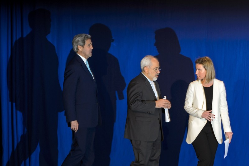 Former U.S. Secretary of State John Kerry, Iranian Foreign Minister Mohammad Javad Zarif and the EU's foreign policy chief Federica Mogherini arrive to announce an agreement on the Iran nuclear talks on April 2, 2015 in Lausanne.
