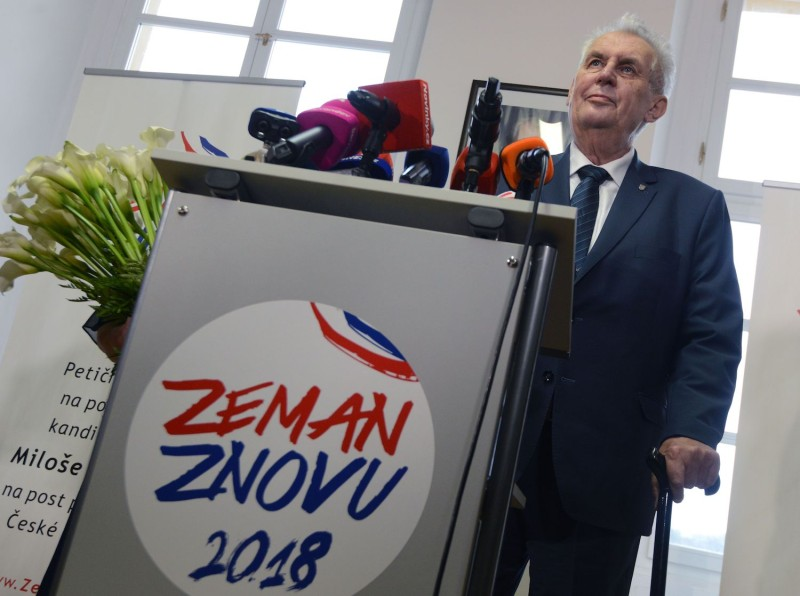 Czech President and presidential candidate in next Czech presidential election Milos Zeman addresses a press conference announcing a petition to support his presidential candidacy on Nov. 6, 2017 in Prague. (Micahl Cizek/AFP/Getty Images)