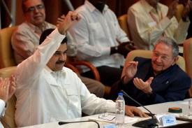 Venezuelan President Nicolas Maduro, left, and Cuban President Raul Castro in Havana, Cuba, on Dec. 14, 2017. (Yamil Lage/AFP/Getty Images)
