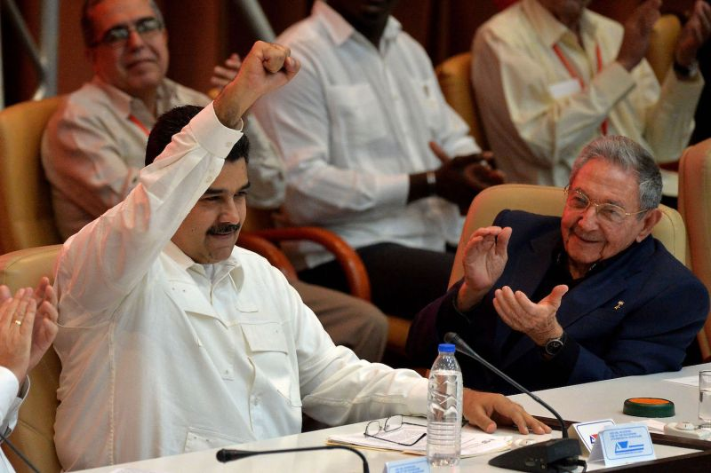 Venezuelan President Nicolas Maduro, left, and Cuban President Raul Castro in Havana, Cuba, on Dec. 14, 2017. (Yamil Lage/AFP/Getty Images)