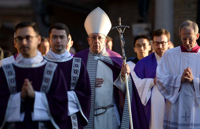 Pope Francis in a procession to the Basilica of Santa Sabina before Ash Wednesday mass on February 14, 2018 in Rome. (FILIPPO MONTEFORTE/AFP/Getty Images)