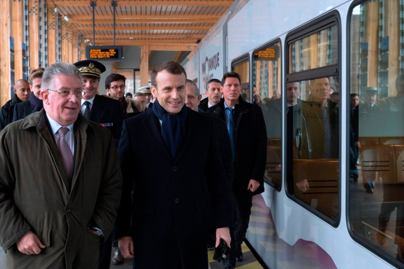 Emmanuel Macron about to board a train on January 26, 2018 in Orcines, France. (THIERRY ZOCCOLAN/AFP/Getty Images)
