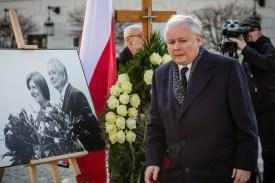 Jaroslaw Kaczynski attends a ceremony marking the fifth anniversary of the presidential plane crash in Smolensk on April 10, 2015. (Wojtek Radwanski/AFP/Getty Images)