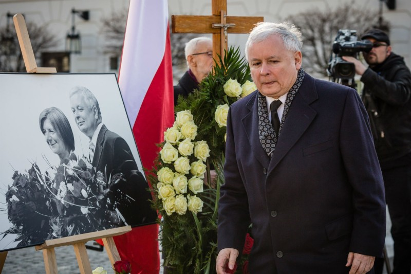 Jaroslaw Kaczynski attends a ceremony marking the fifth anniversary of the presidential plane crash in Smolensk on April 10, 2015. (Wojtek Radwanski/AFP/Getty Images)