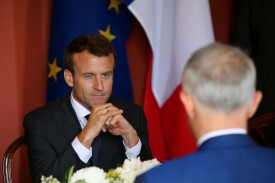 French president Emmanuel Macron speaks with Australian Prime Minister Malcolm Turnbull in Sydney on May 2. (Jason McCawley - Pool/Getty Images)