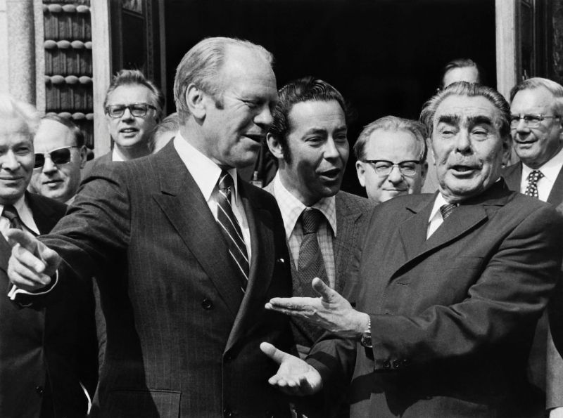 U.S. President Gerald Ford (L) speaks with Soviet leader Leonid Brezhnev (R) during the European Summit focused on Security and Cooperation on August 7, 1975 in Helsinki.