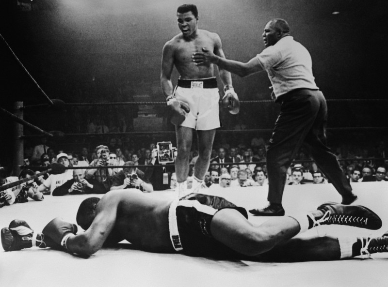Sonny Liston lies out for the count after being KO'd in the first round of his return title fight by world heavyweight champion Muhammad Ali,  Lewiston, Maine, May 25, 1965. (Hulton Archive/Getty Images)