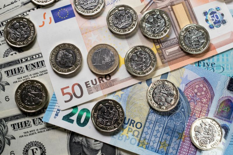 The dollar's dominant role in the global financial system, and thus U.S. sanctions power, is driving the search for alternatives. (Matt Cardy/Getty Images)