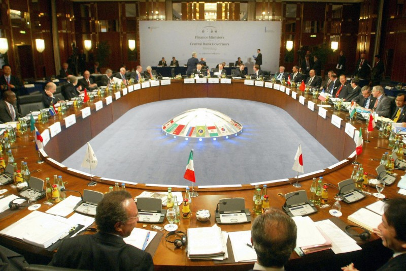 Finance ministers and central bank governors of the G-20 meet in Berlin on Nov. 20, 2004. (Michael Kappeler/AFP/Getty Images)