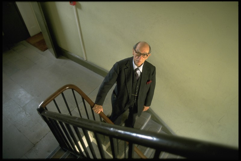 The political theorist and historian Isaiah Berlin on Oct. 23, 1992. (Sophie Bassouls/Sygma via Getty Images)