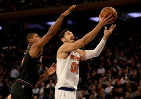 Enes Kanter heads for the net as Cristiano Felicio of the Chicago Bulls defends at Madison Square Garden on Nov. 5, 2018 in New York City. (Elsa/Getty Images)