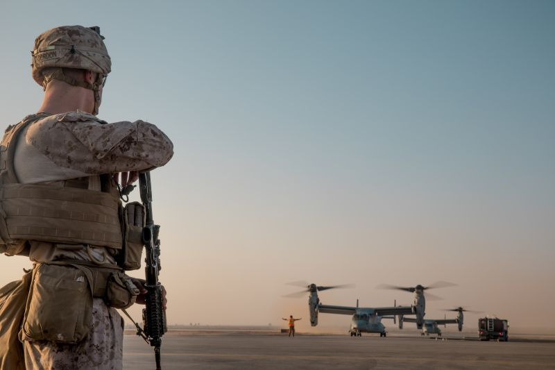 A U.S. Marine prepares to board an MV-22 Osprey on his way to a site near al-Tanf Garrison, Syria, on Sept. 7, 2018. (U.S. Marine Corps photo by Cpl. Carlos Lopez)