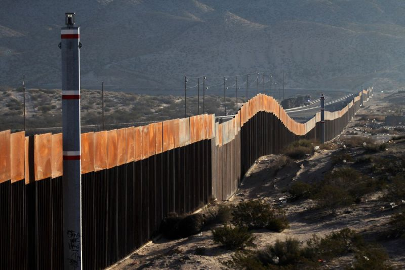 A view of the border wall between Mexico and the United States, in Ciudad Juarez, Chihuahua state, Mexico on Jan. 19, 2018. (Herika Martinez/AFP/Getty Images)