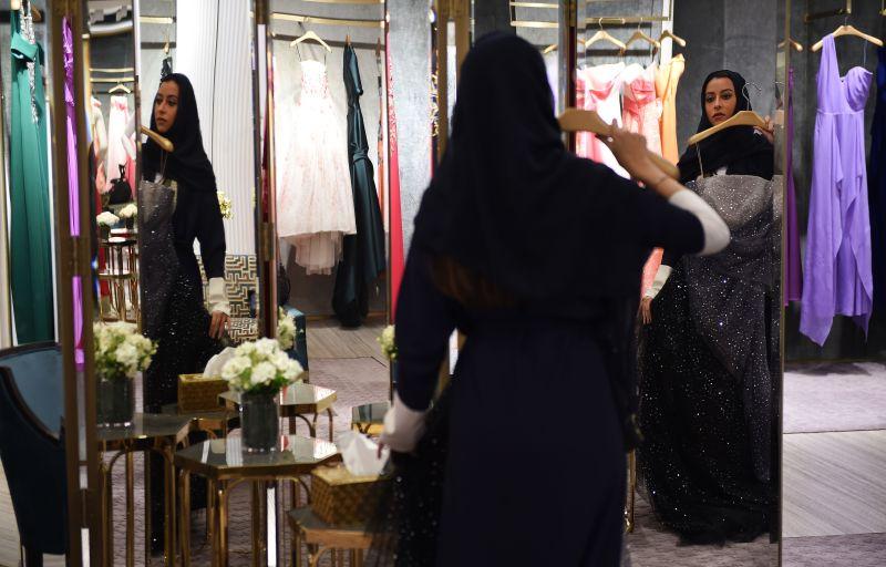 Princess Noura bint Faisal Al Saud shops in Al Faisaliah Mall in the Saudi capital of Riyadh on April 19, 2018. (Fayez Nureldine/AFP/Getty Images)