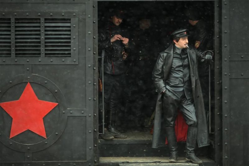 Konstantin Khabensky in Trotsky. (Sreda Production Company