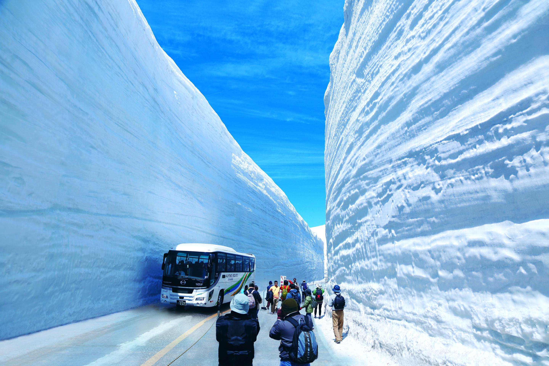 The 65-feet-high Snow Walls Corridor connects Nagano and Toyama prefectures. NAGANO