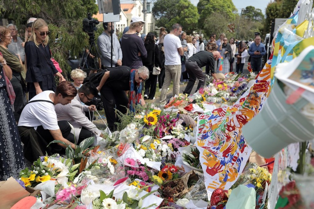 Locals in Auckland, New Zealand, pay their respects on March 22, a week after the Christchurch mosque shootings. (Michelle Hyslop/AFP/Getty Images)