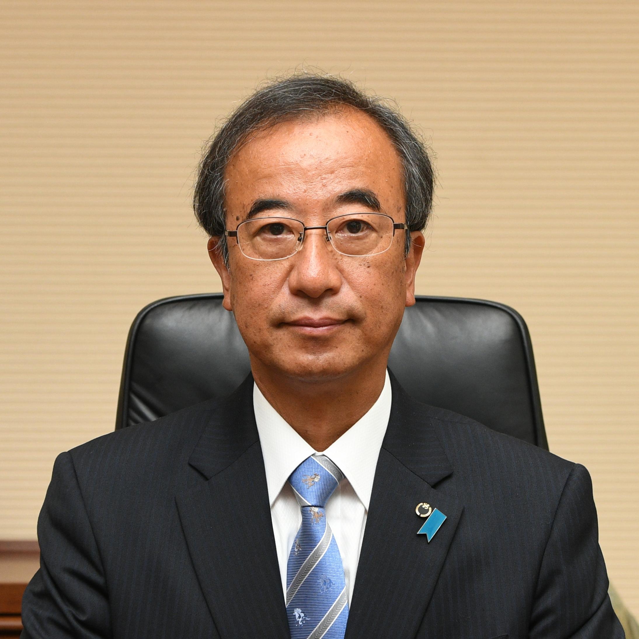 Hideyo Hanazumi, Governor of Niigata Prefecture