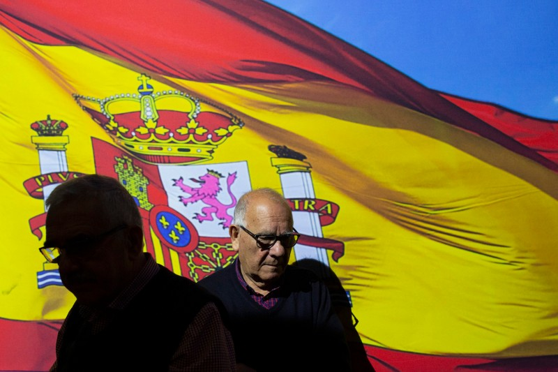 Supporters of the right-wing People's Party attend the party's campaign kickoff on April 11 in Madrid. (Pablo Blazquez Dominguez/Getty Images)