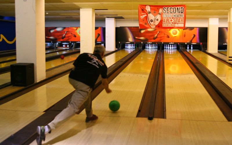 James Rebhorn bowls at the Second Stage Theatres 19th Annual All-Star Bowling at Leisure Time Bowling Lanes on February 6, 2006 in New York, New York. (Scott Wintrow/Getty Images)