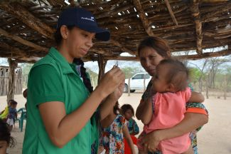 A mobile health brigade in an indigenous community in La Guajira, Colombia.