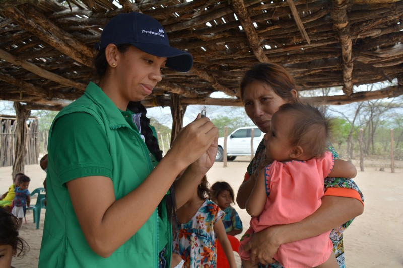 A mobile health brigade in an indigenous community in La Guajira, Colombia.