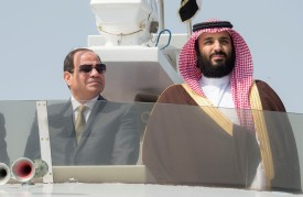 Mohammad bin Salman al-Saud and Egyptian President Abdel Fattah al-Sisi inspect investment projects in Ismailia, Egypt on March 05, 2018.