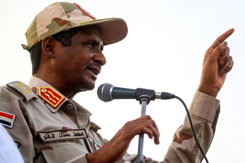 Mohamed Hamdan Dagalo, also known as Hemeti, the de facto military ruler of Sudan, gives a speech in the village of Qarri, north of Khartoum, on June 15.