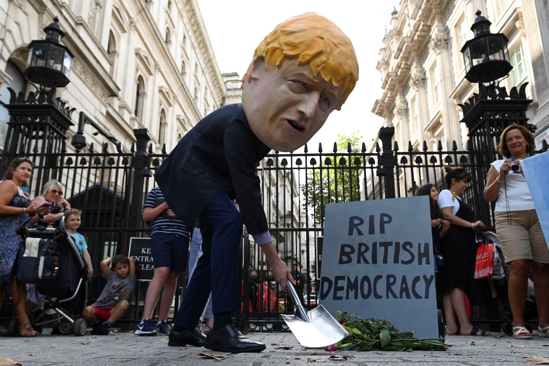 Nicht in Russland, sondern im Großbritannien: Lauten Demonstranten drohen bis zu 10 Jahren Gefängnis