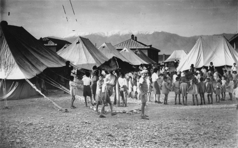 A tent orphanage for Jewish refugees in Tehran, 1942.
