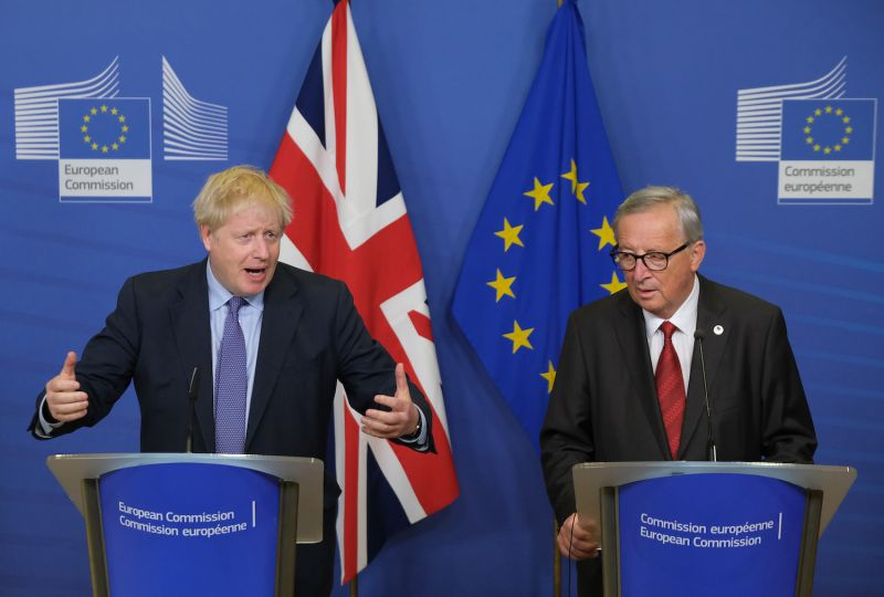 British Prime Minister Boris Johnson and European Commission President Jean-Claude Juncker