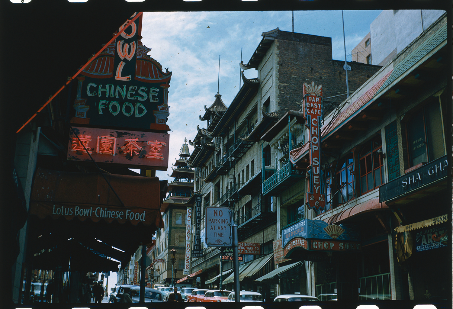 A historic photo of San Francisco's Chinatown.