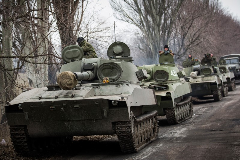 https://foreignpolicy.com/wp-content/uploads/2019/12/GettyImages-Russia_ukraine-tanks-464495524.jpg?resize=800,533&quality=90