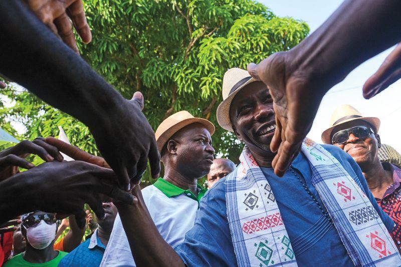 Domingos Simões Pereira campaigns in São Domingos, Guinea-Bissau, on Nov. 9.