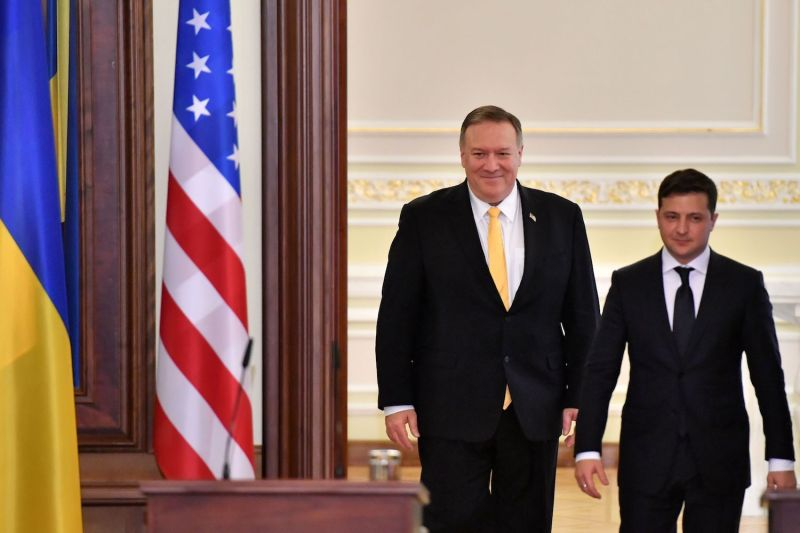 Secretary of State Mike Pompeo meets Ukrainian President Volodymyr Zelensky