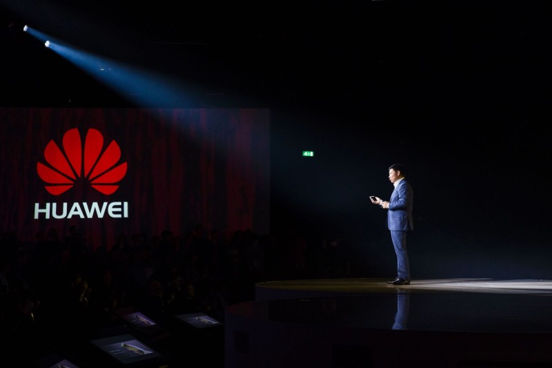 Huawei CEO Richard Yu addresses a press conference in London on April 6, 2016.