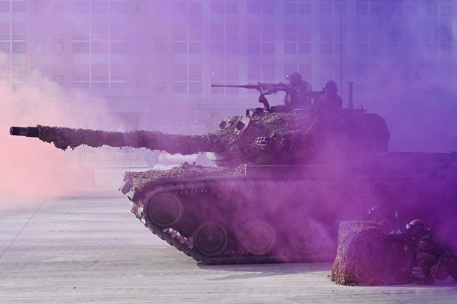 Taiwanese soldiers operate a CM-11 battle tank during an exercise at a military base in Kaohsiung, southern Taiwan, on Jan. 15. SAM YEH/AFP via Getty Images