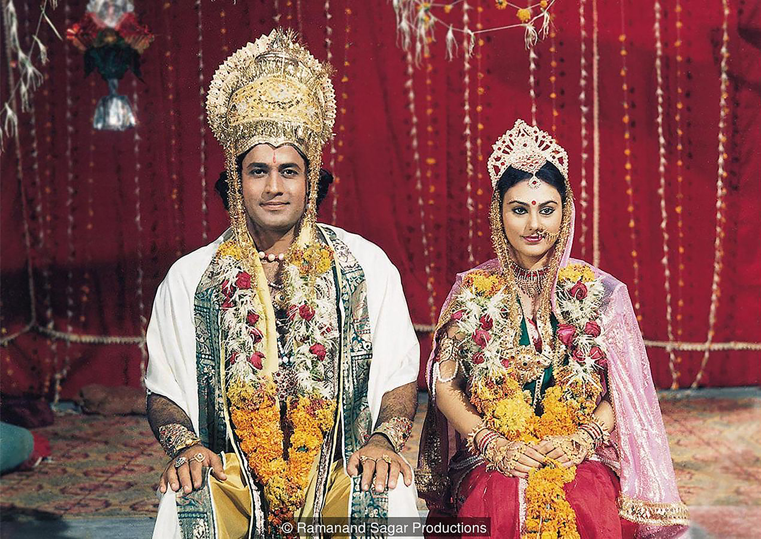 Arun Govil as Lord Ram and Deepika Chikhalia as Sita in Ramanand Sagar's TV adaptation of the epic Hindu poem <em>Ramayana</em>.