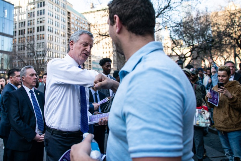 New York City Mayor Bill De Blasio distributes information about the Coronavirus on March 9, 2020 in New York City. (Photo by Jeenah Moon/Getty Images)